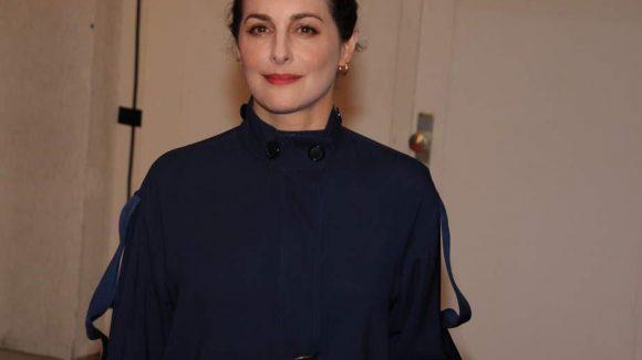 """Die britisch-französische Schauspielerin Amira Casar kennt man unter anderem aus dem Biopic """"Saint Laurent""""."""