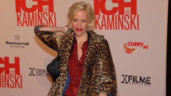 Gestern noch bei den First Steps Awards, heute schon auf der nächsten Filmpremiere: Katja Eichinger.