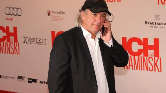 """Filmemacher Pepe Danquart (""""Joschka und Herr Fischer"""") wollte lieber telefonieren als posen."""