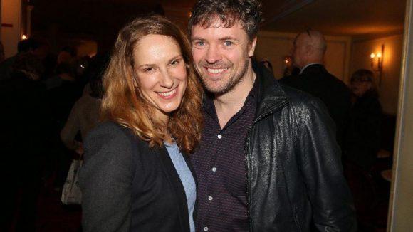 Das Schauspieler-Pärchen Chiara Schoras und Daniel Aichinger war auch dabei.