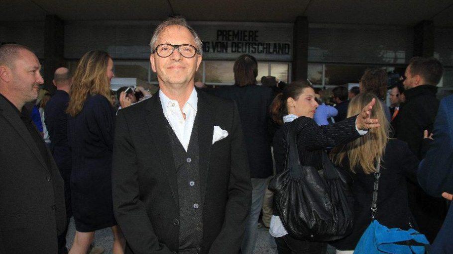 Der Hauptdarsteller Olli Dittrich spielt im Film den sehr durchschnittlichen Thomas Müller.