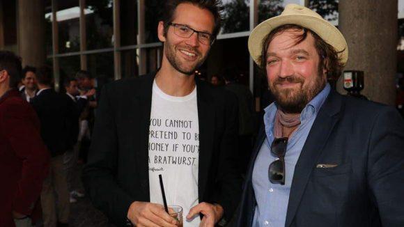 """... die Regisseure Jonas Grosch (l., """"Bestefreunde"""") und Till Franzen (""""Die blaue Grenze"""") ..."""