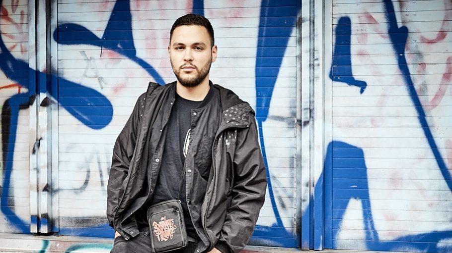 """Der gebürtige Kreuzberger PTK ist oft in der Gegend zwischen Kotti und Görli unterwegs. Im Juni hat der Rapper sein neues Album """"Ungerächte Welt"""" veröffentlicht."""