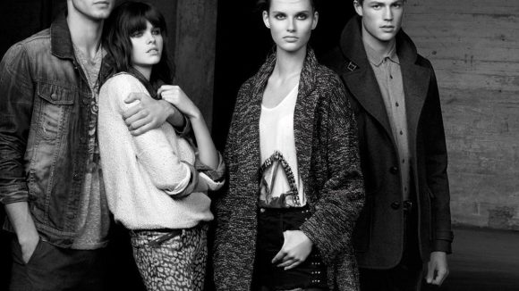 Pull&Bear wurde 1991 als Männermode-Marke gegründet, seit 1998 gibt es auch Klamotten für Frauen.