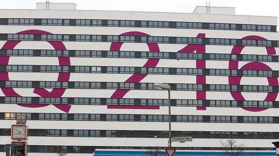 An der Frankfurter Allee in Lichtenberg wurden 2012 aus einem leerstehenden ehemaligen EDV-Gebäude viele kleine Wohnungen.