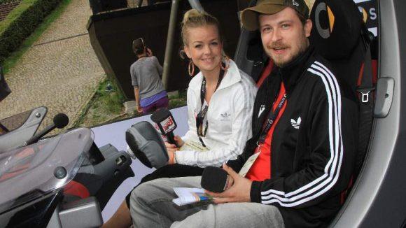 Machen sonst für Radio Energy Stimmung: die Moderatoren Rob Szymoniak und Sarah.