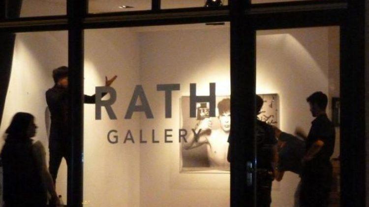 Starfotograf Oliver Rath eröffnet seine eigene Galerie in Mitte.
