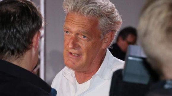 Ein etwas älteres Semester: rbb-Moderator und Schauspieler Max Moor.