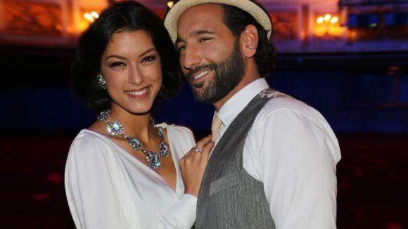 """Bald läuten die Hochzeitsglocken: Rebecca Mir (bekannt aus """"Germany's Next Topmodel"""") mit ihrem Verlobten, dem Tänzer Massimo Sinato."""