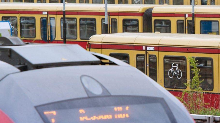 Zum Fahrplanwechsel fahren in Berlin mehr S-Bahnen - und die Regionalzüge bekommen sogar eine neue Haltestelle.