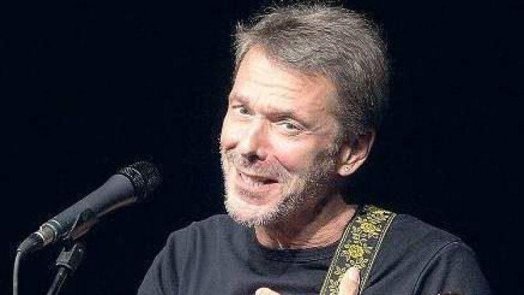 Reinhard Mey ist ein Berliner Junge. Der 71-Jähriger lebt seit seiner Kindheit in Reinickendorf und spielte die ersten Konzerte im legendären Musikclub Go In in Charlottenburg.