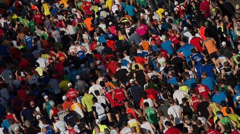 40.000 Läufer und Läuferinnen nehmen auch am 40. Berlin-Marathon 2013 teil. Innerhalb weniger Stunden war das Event ausgebucht.
