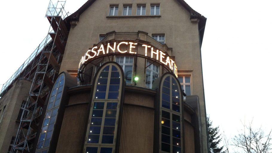 """J. W. Preuß – Kenner der Berliner Theaterszene – nannte das Renaissance-Theater einst die """"anspruchsvollst Privatbühne Deutschlands""""."""