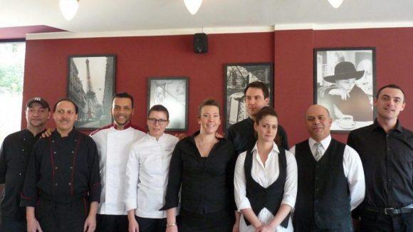 Das Team des Restaurant Pastis im Centre Francais.