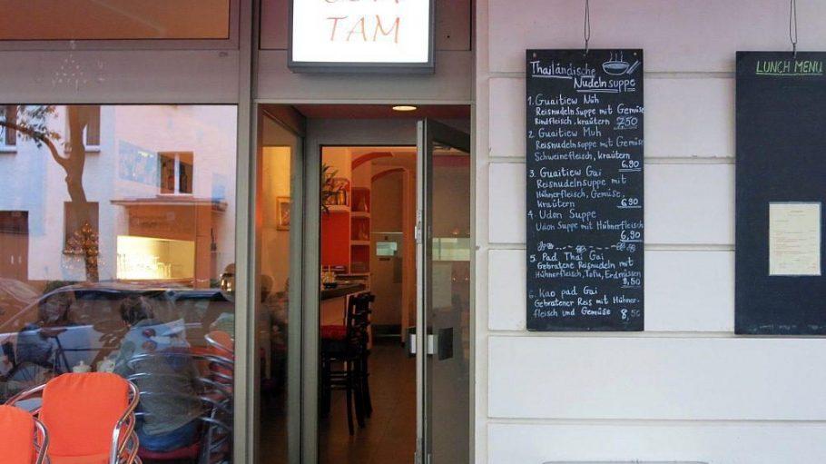 Unscheinbares Äußeres, doch dafür überzeugen die Gerichte im Restaurant Som Tam in der Sächsischen Straße.