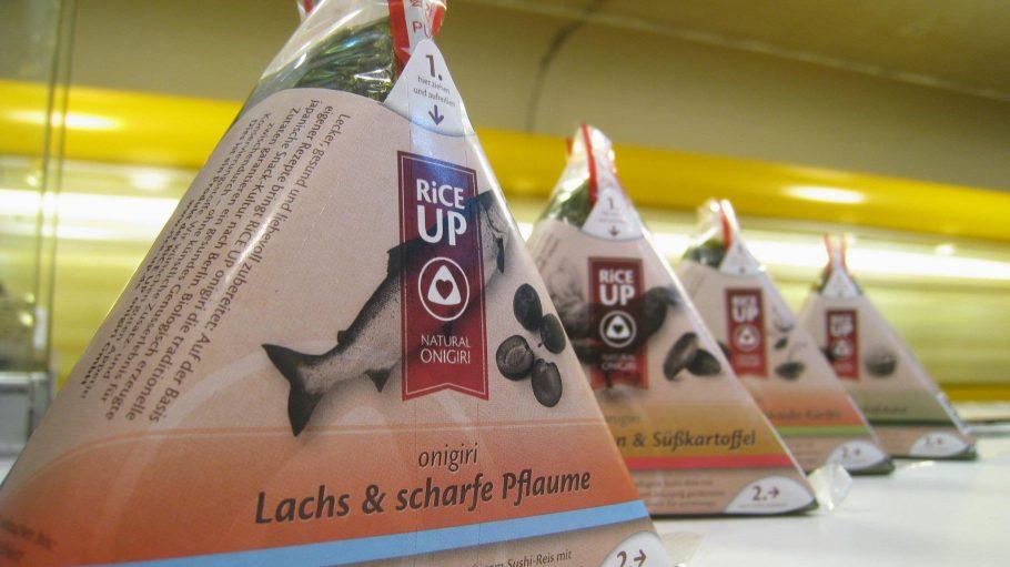 Gesundes Fastfood im U-Bahn-Tunnel: Onigiri von Rice Up werden an ungewöhnlicher Stelle verkauft.
