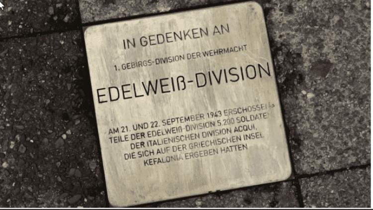 Die Stolpersteine erinnern an die Verbrechen der Wehrmacht, die keineswegs in Vergessenheit geraten oder klein geredet werden dürfen.
