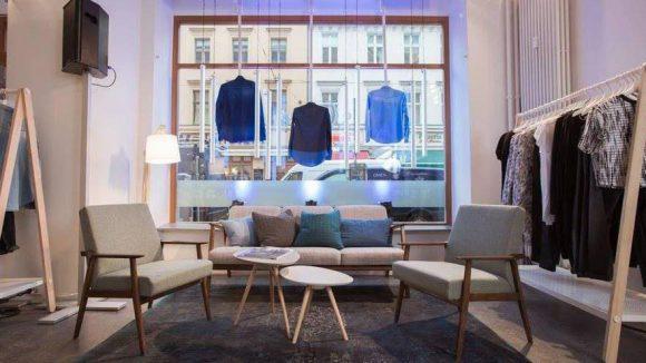 Coole Mode von s.Oliver im entspannten Shopping-Ambiente - da bleibt man gerne etwas länger.