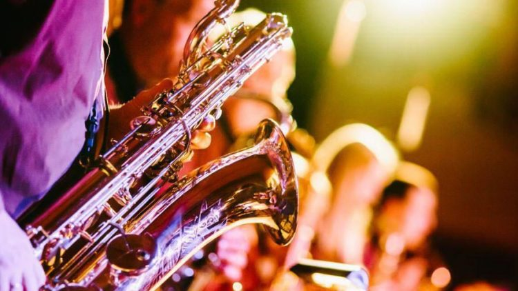 Ob mit dem Saxophon, Geigen oder dem Akkordeon - in Köpenick wird es auch im Sommer 2016 wieder laut und fröhlich.