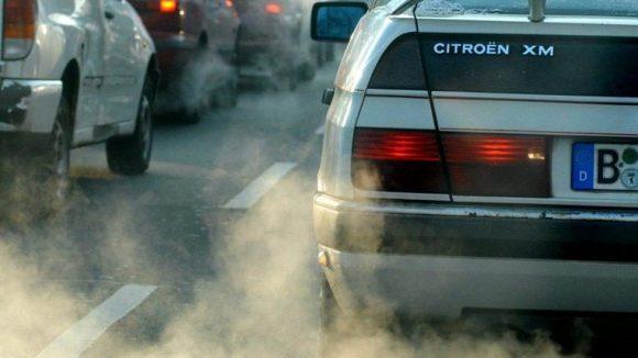 Die Berliner Luft ist mit Schadstoffen belastet.