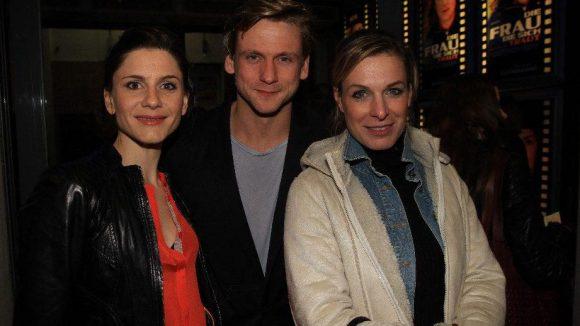 Gehören ebenfalls zum Cast: Christina Hecke (l.), Steve Windolf und PR Agentin Yasmine Medczinski.
