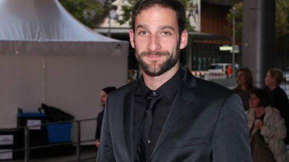 """Man in Black: Schauspieler Matthias Weidenhöfer ('""""Frauenherzen"""")."""
