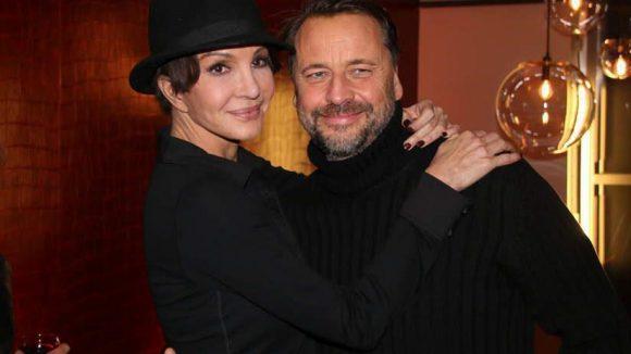 """... sowie Schauspielerin Anouschka Renzi (""""Gier"""") mit ihrem Freund, dem Fotografen Carsten Sander."""