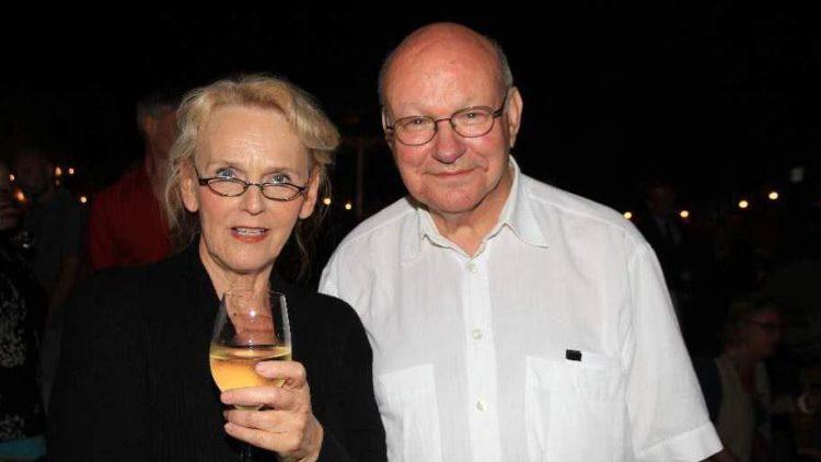 Sehr überzeugend und witzig in der Hauptrolle der Eisernen Lady: Barbara Kuster, hier zusammen mit Walter Momper, von 1989 bis 1991 der 11. Regierende Bürgermeister der Stadt.