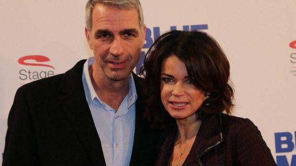 """Schauspielerin Gerit Kling (""""Notruf Hafenkante"""") kam mit ihrem Mann, dem Arzt Dr. Stefan Henning."""