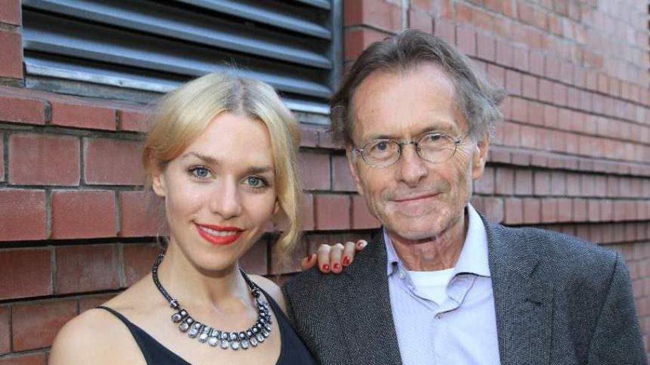 Schauspielerin Julia Dietze mit ihrem Vater Matthias Dietze.