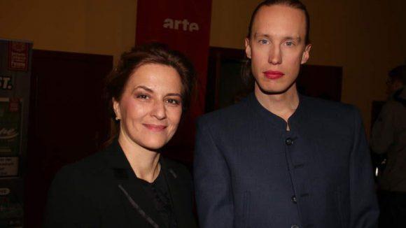 """Schauspielerin Martina Gedeck, Patin von """"Something must break"""", mit dem schwedischen Regisseur Ester Martin Bergsmark"""