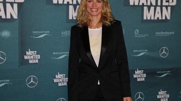Nina Hoss ist in der Rolle der Ema Frey zu sehen.