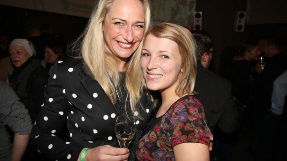 Bei GZSZ spielen sie Mutter und Tochter, im echten Leben sind Eva Mona Rodekirchen (l.) und Iris Mareike Steen beste Freundinnen