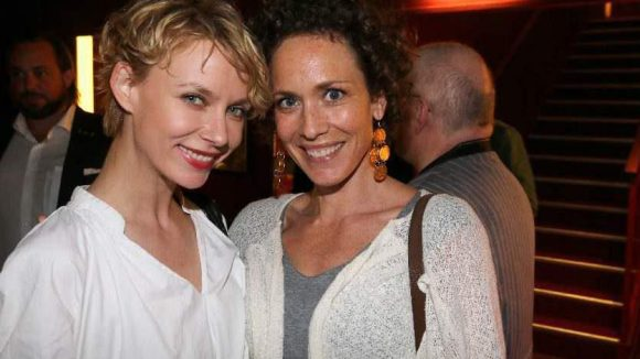 """Schöne Schauspielerinnen: Mascha Tokarev (l.) und Claudia Hiersche (Ex-""""Verbotene Liebe"""")."""