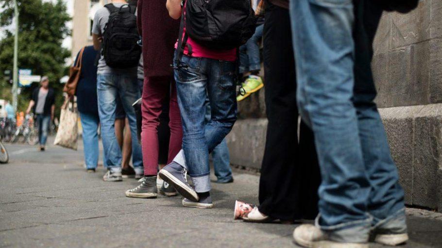 Die Terminsituation an den Berliner Bürgerämtern soll sich entspannen.