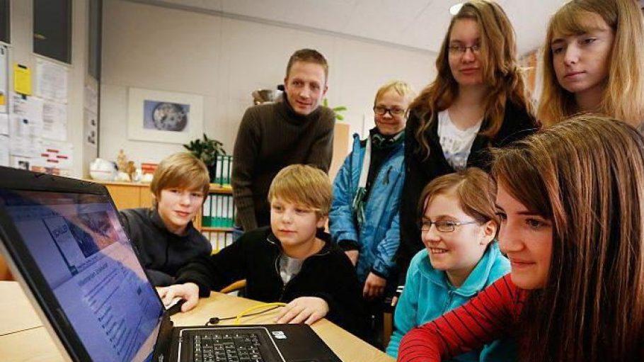 Immer wichtiger bei der Wahl einer weiterführenden Schule: die multimediale Ausbildung der Kinder.