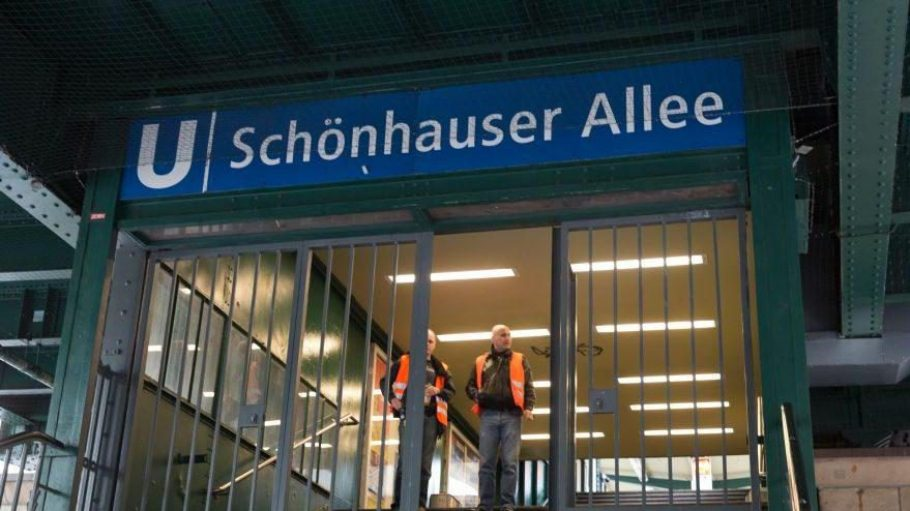 Gestern hatte ein Kabelbrand im U-Bahnhof Schönhauser Allee zum Erliegen des Schienenverkehrs geführt.