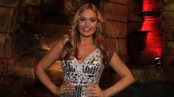 In der Jury saß Schönheitskönigin Anne Julia Hagen - frisch von der Miss Universum-Wahl aus Moskau zurück.