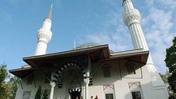 Im Orient? Von wegen. Die Sehitlik-Moschee steht mitten in Berlin.