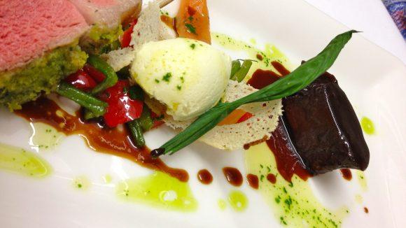 In Semmlers Restaurant kommen klassische Gerichte auf den Teller, raffiniert interpretiert und angerichtet.