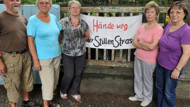 Peter Klotsche (v.l.), Margret Pollack, Brigitte Klotsche, Inge Pilz und Elli Pomerenke haben sich mit anderen Senioren für den Erhalt ihres Freizeitzentrums eingesetzt.