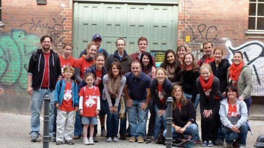 Team von freiwilligen Helfern von Serve the City Berlin im Prenzlauer Berg