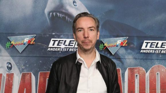 Zu den Haifisch-Fans zählen offenbar auch Sänger Olli Schulz ...