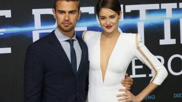 Noch kennt man ihre Namen nicht: die Hauptdarsteller Theo James und Shailene Woodley. Schön anzusehen sind sie ja schon mal ...