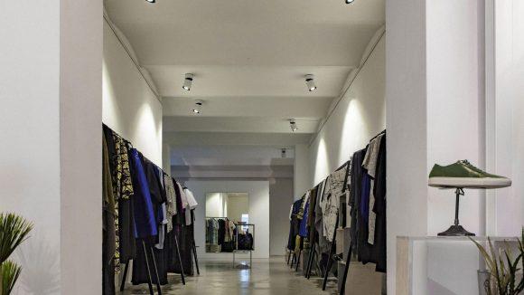 Mininalistisch schick und clean geht's im Charlottenburger Les Soeurs Shop zu.