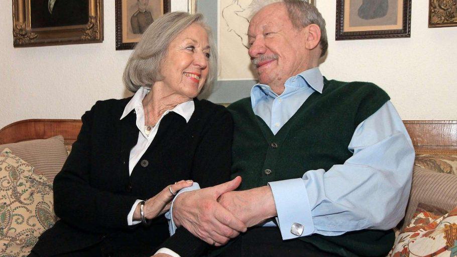 Sie halten zusammen. Roswitha und Wolfgang Völz in ihrer Wilmersdorfer Wohnung.