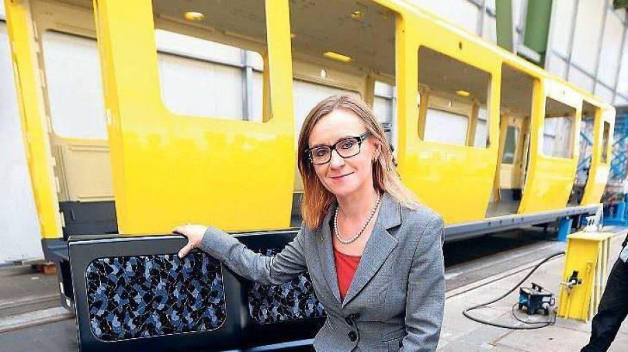 Heute stellt BVG-Chefin Sigrid Evelyn Nikutta die neuen Züge für die Linien U1 bis U4 auf dem Bahnhof Olympiastadion vor.