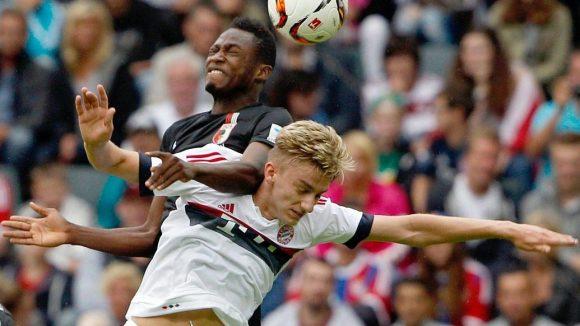 Sinan Kurt, der junge Mann mit den blonden Jahren, kam beim FC Bayern nur selten wie hier in der ersten Mannschaft zum Einsatz.