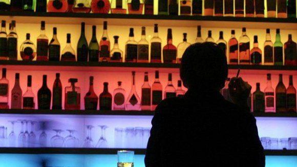 Allein in einer Bar? Das muss nicht sein! Face to Face verkuppelt nun auch in Berlin.