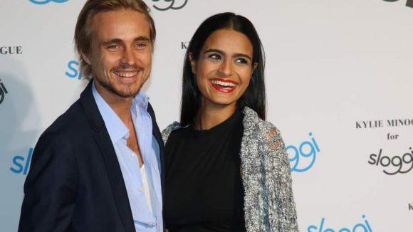 Und einer geht noch: Constantin von Jascheroff mit seiner Freundin, der Designerin Haleh Esbak.